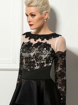 Dazzling Sheath Lace Bateau Neck Ruffles Short Cocktail Dress