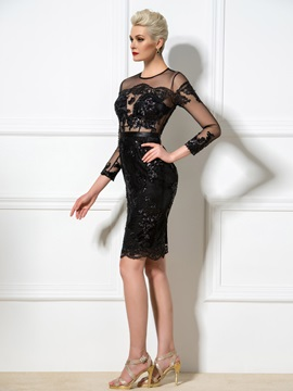 Sexy Sheath Jewel Neck Appliques Sequined Knee-Length Cocktail Dress