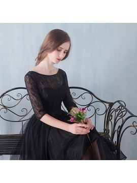 Half Sleeves Knee-Length Lace Black Cocktail Dress
