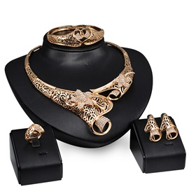 Elegant Hollow with Rhinestones Women Jewelry Set