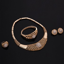 Golden Hollow-Out Diamante Jewelry Set