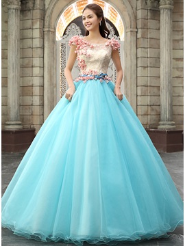 Scoop Neckline A-Line Lace Beading Flowers Long Quinceanera Dress & petite Ball Gown Dresses