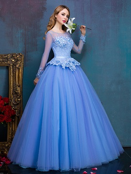 Vintage Scoop Neck Long Sleeve Appliques Lace Quinceanera Dress & Ball Gown Dresses under 300