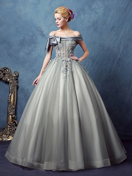 Vintage Off-the-Shoulder Ball Gown Appliques Bowknot Quinceanera Dress & inexpensive Ball Gown Dresses