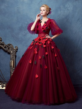 VIntage V-Neck Ball Gown Half Sleeves Pleats Floor-Length Quinceanera Dress & petite Ball Gown Dresses