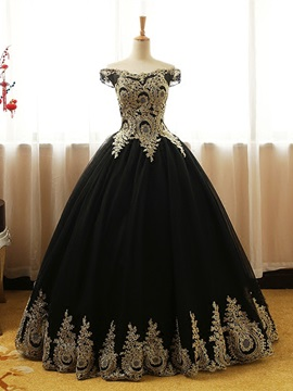 Vintage Ball Gown Off-the-Shoulder Appliques Floor-Length Quinceanera Dress & vintage Ball Gown Dresses