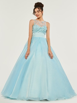 Appliques Long Scoop Quinceanera Dress