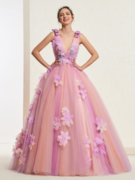 Floor-Length Ball Gown Appliques V-Neck Quinceanera Dress 2019