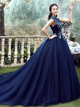 Floor-Length High Neck Ball Gown Cathedral Evening Dress 2019 & romantic Ball Gown Dresses