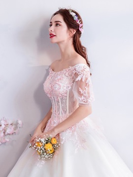 Lace Off-The-Shoulder Floor-Length Short Sleeves Quinceanera Dress 2019