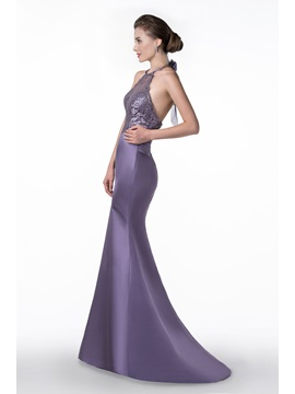Glamorous Halter Trumpet/Mermaid Lace Court Train Backless Mother of the Bride Dress