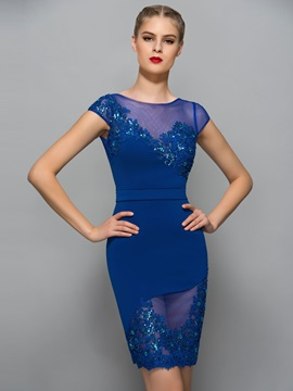 Exquisite Bateau Neck Cap Sleeve Appliques Sheath Cocktail Dress