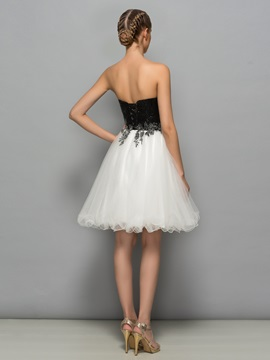 Modern Sweetheart Sequins Appliques Short Cocktail Dress