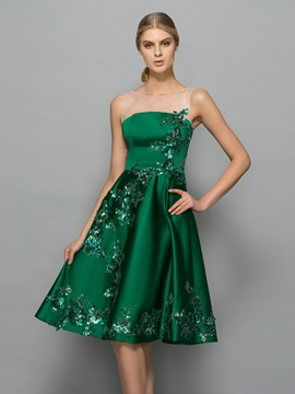 Modern Straps Sequins Knee-Length Cocktail Dress