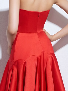 Chic Halter Beading Ruffles Red Cocktail Dress