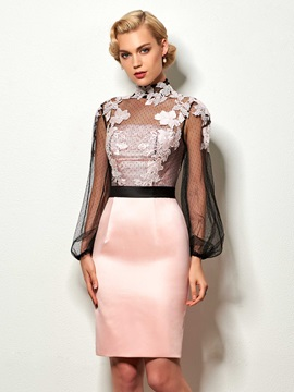Elegant High Neck Sheath Appliques Button Knee-Length Cocktail Dress
