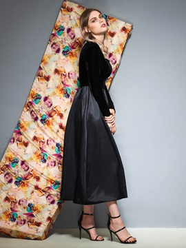 Tea-Length Long Sleeves Black Cocktail Dress with Pockets