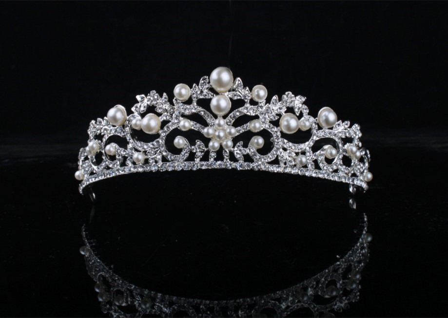 Celebrity Alloy with Pearls&Rhinestone Wedding Bridal Tiara