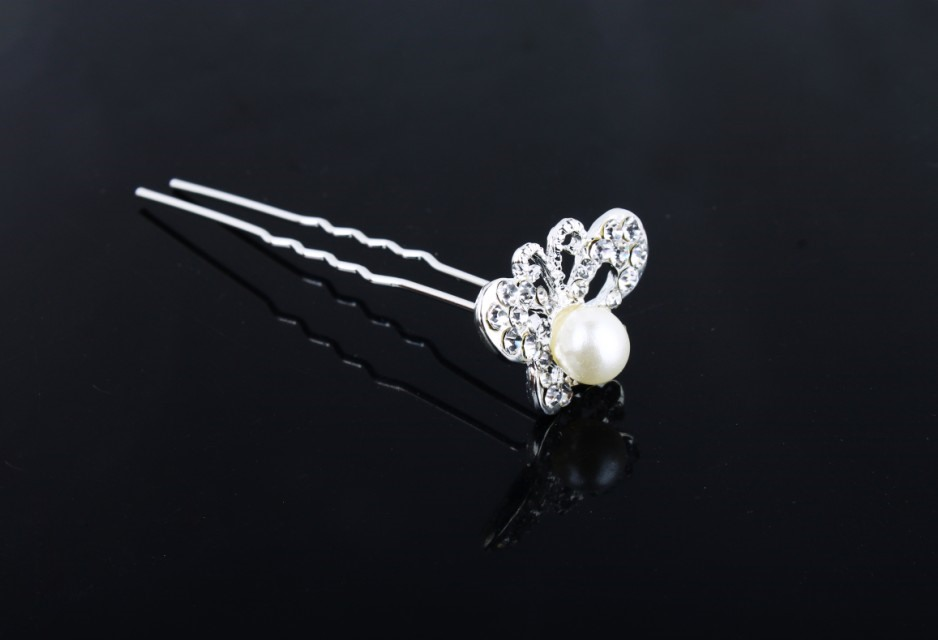 Pretty Butterfly Shaped Rhinestone and Peal Hairpin(including 5 piece)