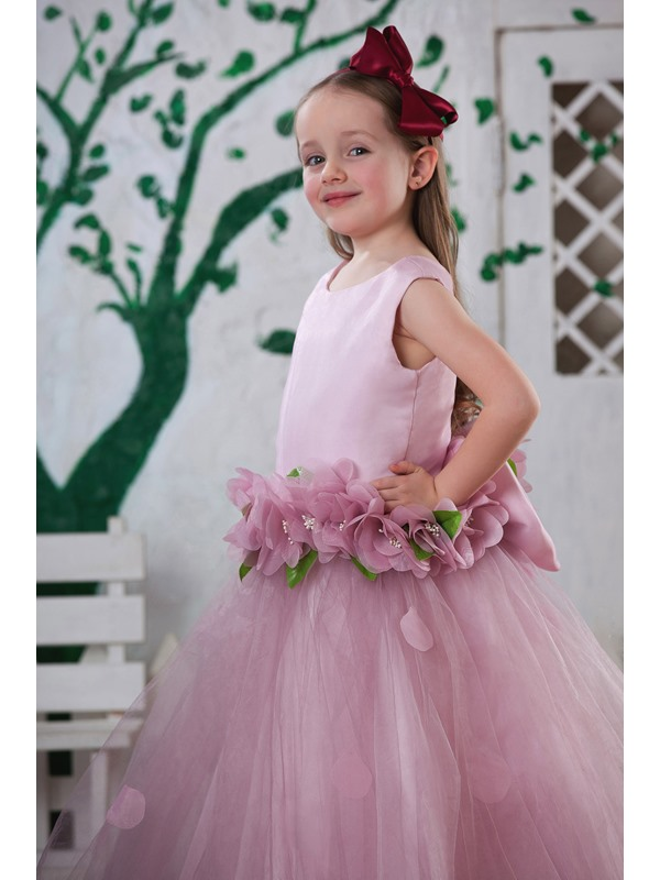 Ball Gown Round Neck Flowers Girls Party Dress