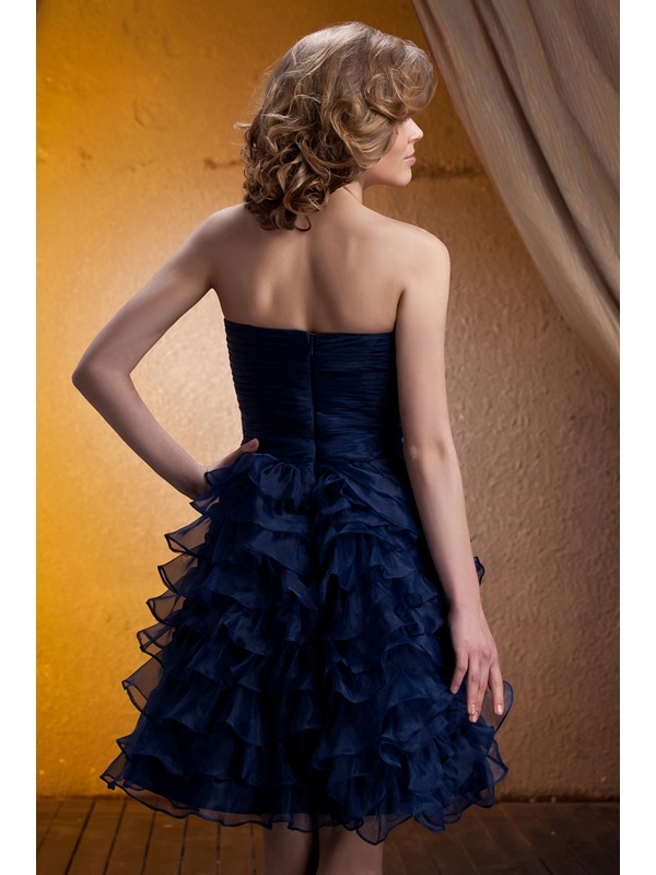 Delicated Tiered Ruched A-Line Strapless Knee-Length Mother of the Bride Dress With Jacket/Shawl