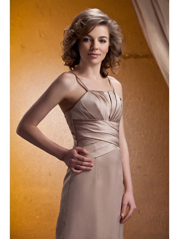 Ruched A-Line Spaghetti Straps Knee-Length Mother of The Bride Dress With Jacket/Shawl