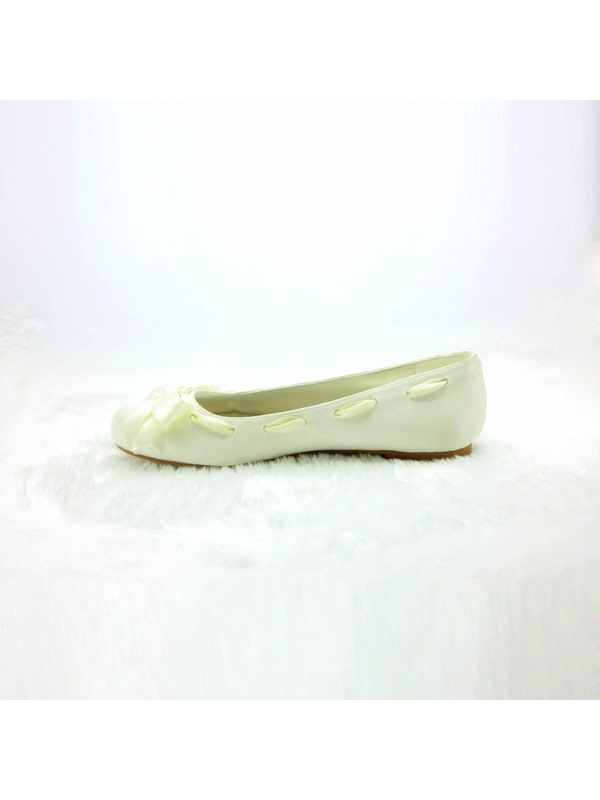 Comfortable Flat Closed Toe Wedding Bridal Shoes
