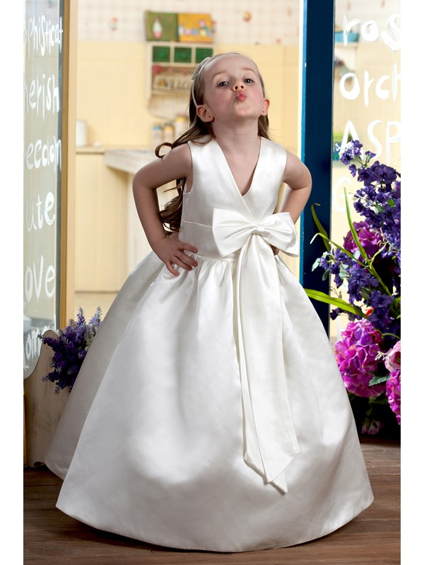 Ball Gown Bowknot Flower Girl Dress