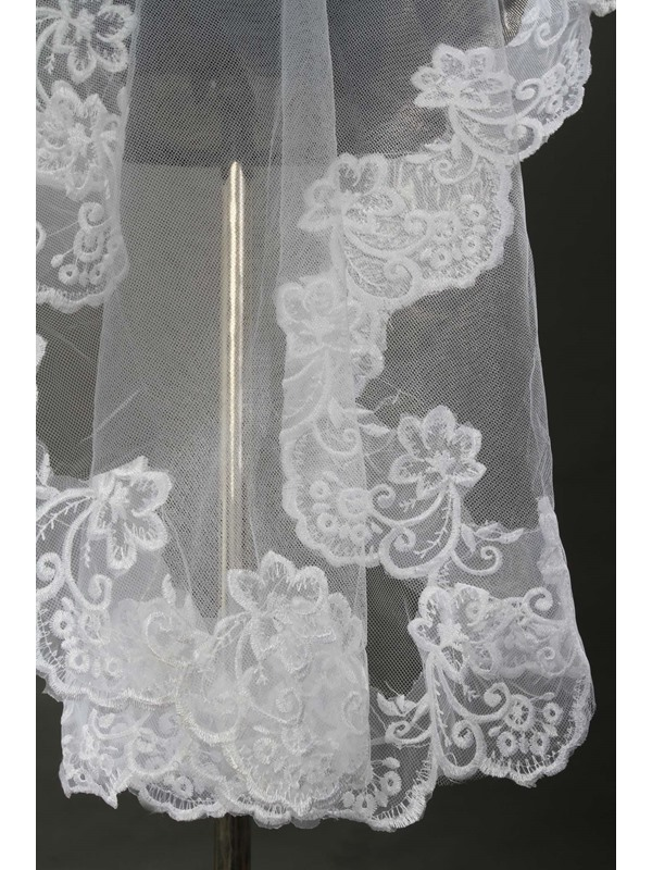 Delicate Chapel White Lace Wedding Bridal Veil