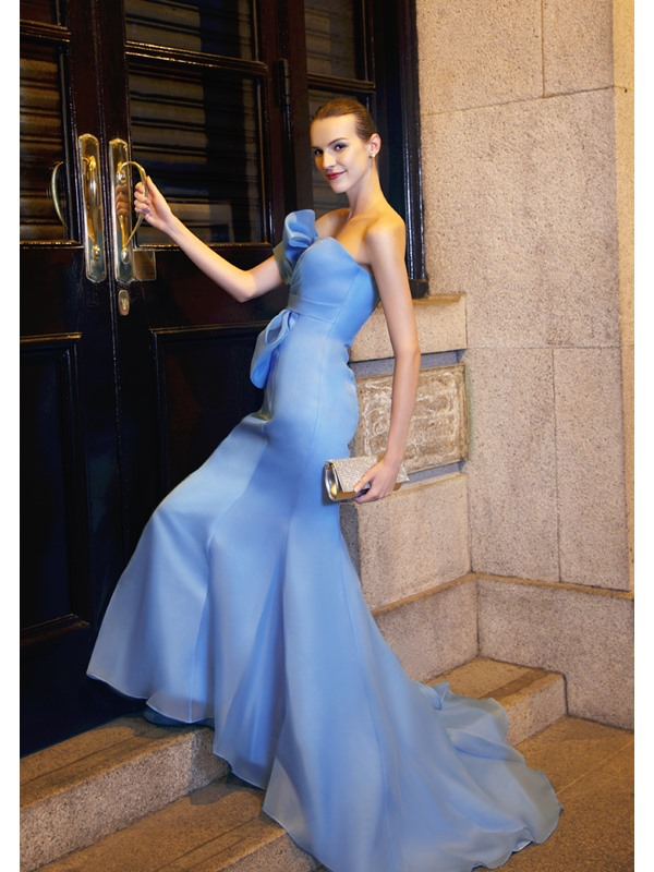 Elegant Mermaid Strapless Big Bowknot Chapel Train Floor-Length Evening Dress