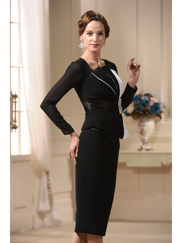 Graceful Sheath Long Sleeves Crystal Knee-Length Semi-Formal Mother/Office Dress