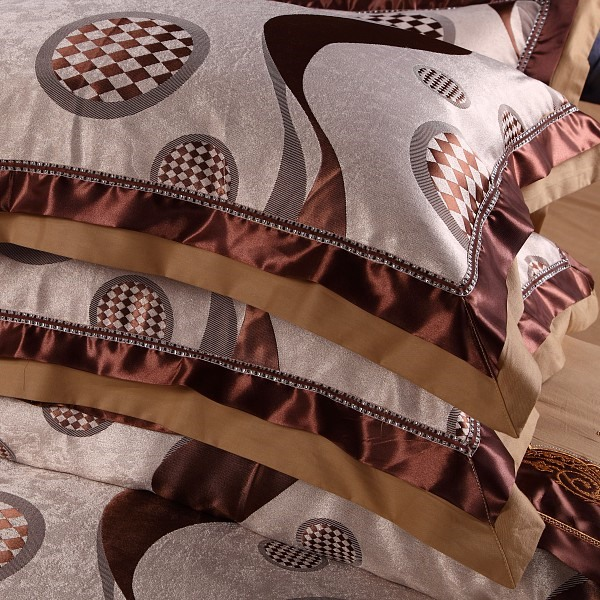 Camel Color Polka Dots Ripple Print 4 Piece Bedding Sets