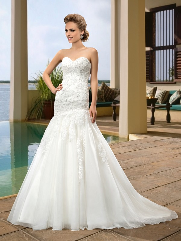 Simple Style Sweetheart Zipper-Up Floor-Length Beading Trumpet/Mermaid Wedding Dress