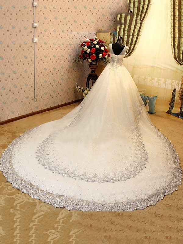 Luxurious V-Neck Sleeveless Beaded Lace Cathedral Wedding Dress