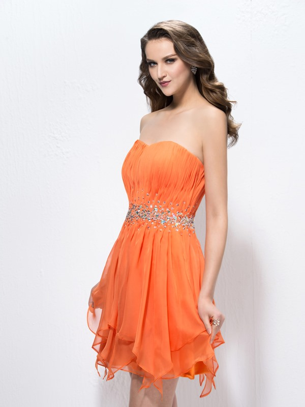 Gorgeous Beading Sweetheart A-Line Short Pleats Homecoming/Cocktail Dress