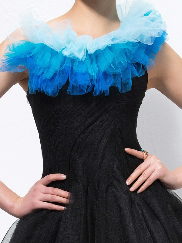 Enchanting A-Line Pleats Knee-Length Tiered Straps Party Dress