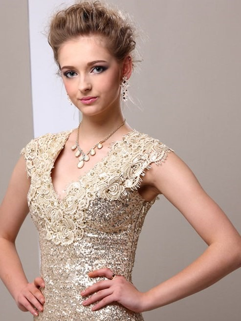 Attractive V-Neck Lace Sequins Mother of the Bride Dress