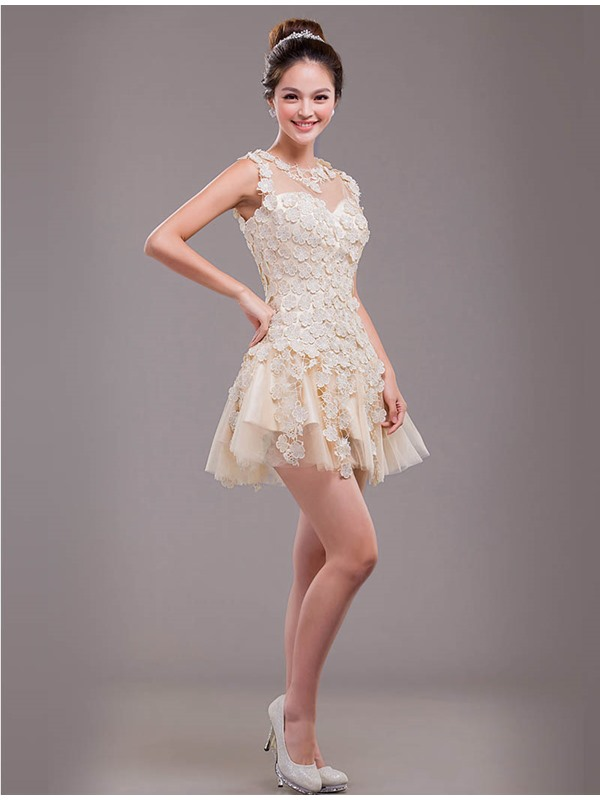 Chic A-Line Lace Short-Length Zipper-up Prom/ 16 Dress