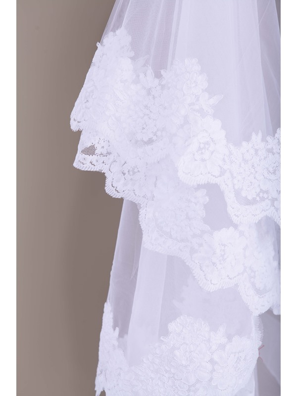 Popular Lace Chapel Wedding Veil