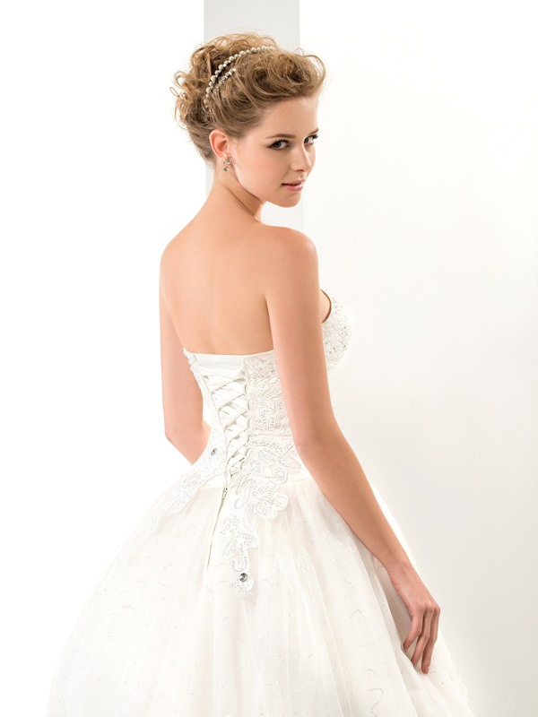 Great Applique A Line Floor Length Sweetheart Lace Up Wedding Dress