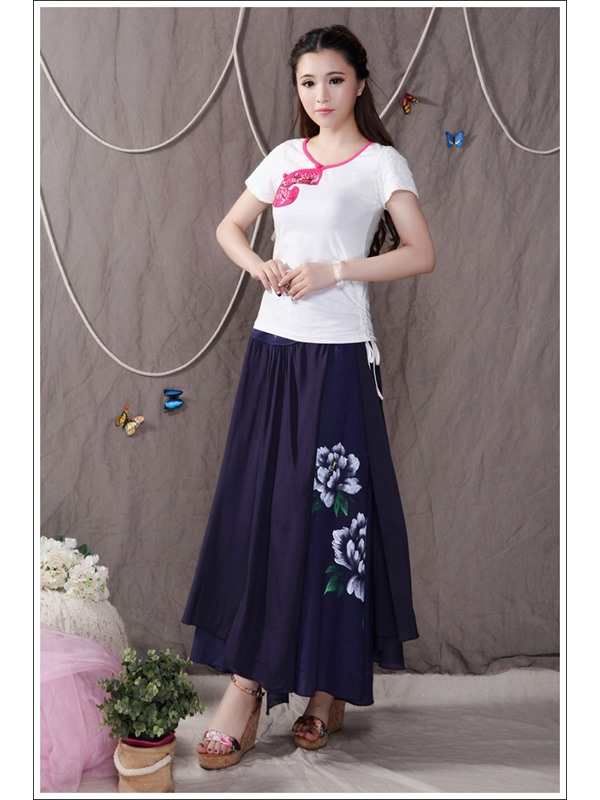 Stunning Floral Embroidery Pleated Long Skirt