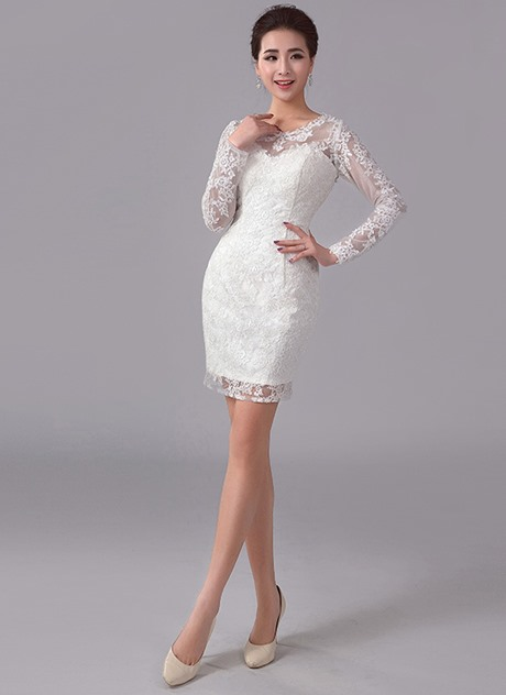 Alluring Sheath Scoop Neck Long Sleeves Appliques Short Cocktail Dress