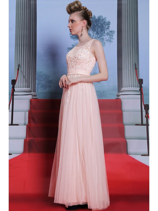 Eye-catching A-Line Scoop Tulle Neck Appliques Sleeveless Prom Dress