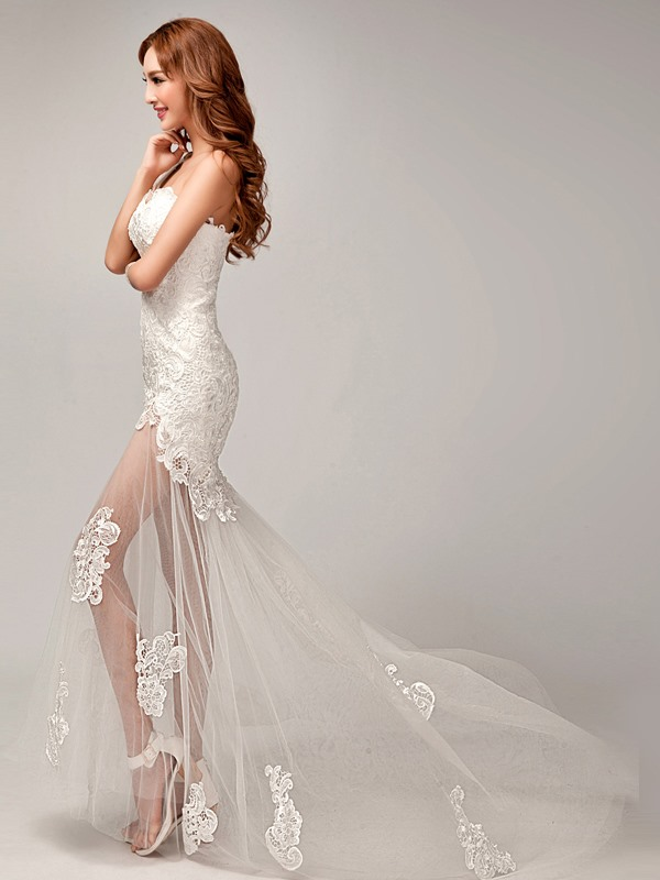 Charming One Shoulder Appliques Sheath Lace Beach Wedding Dress