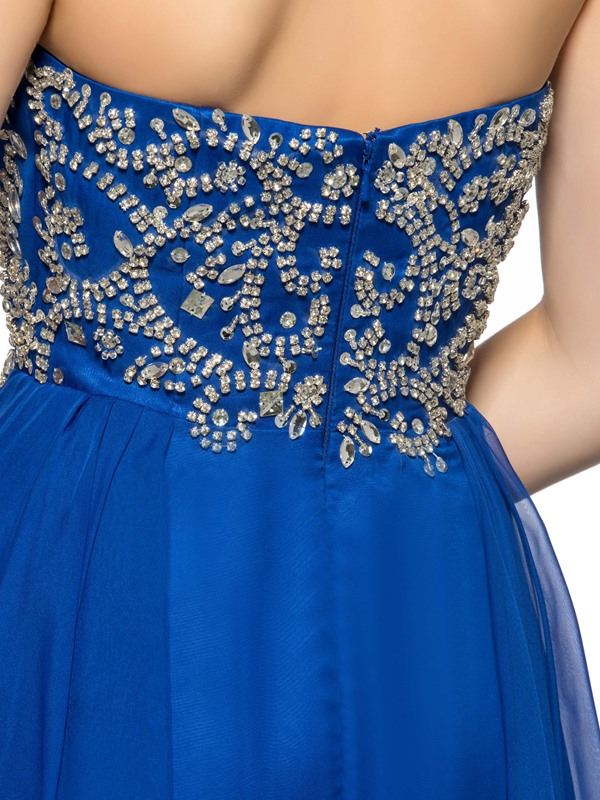 Modern A-Line Rhinestone Halter Short Homecoming Dress