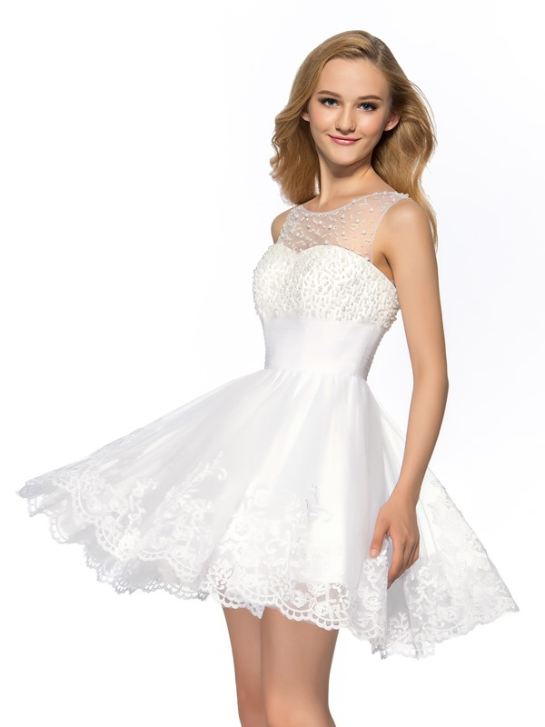 Dramatic A-Line Tulle Neckline Beading Appliques Short Homecoming Dress