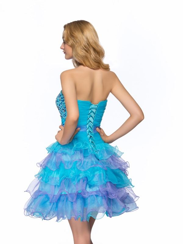 Vigorous A-Line Strapless Tiered Ruffles Beading Short Homecoming/Sweet 16 Dress