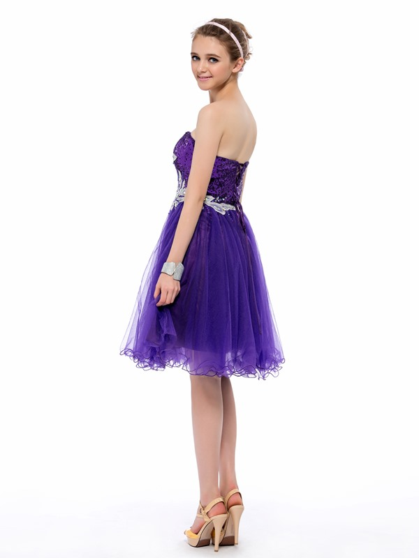 Eye-catching Sequins Appliques Beading Strapless Knee-Length Homecoming/Prom Dress