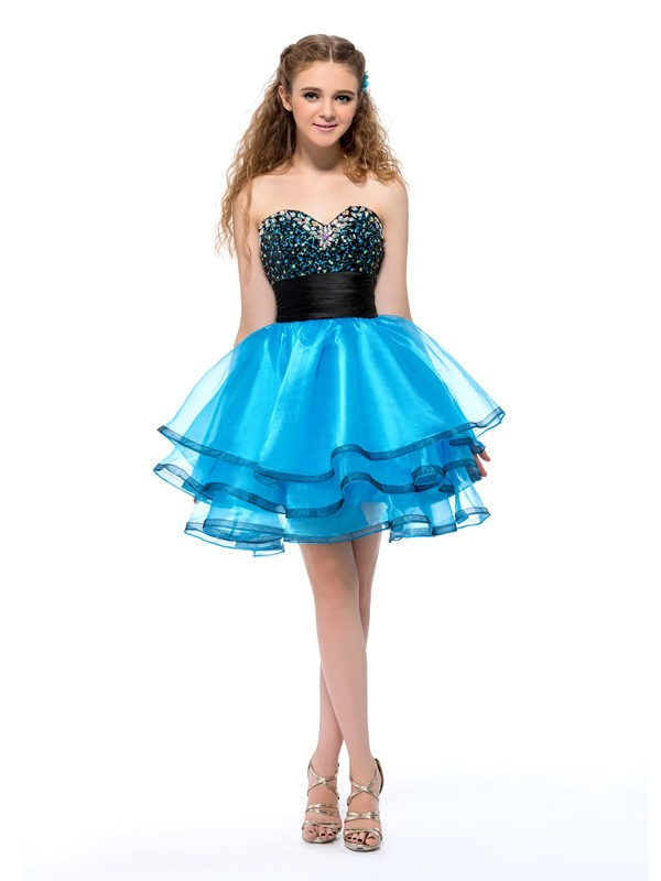 Admirable Sweetheart Beading Sequins Short Homecoming Dress