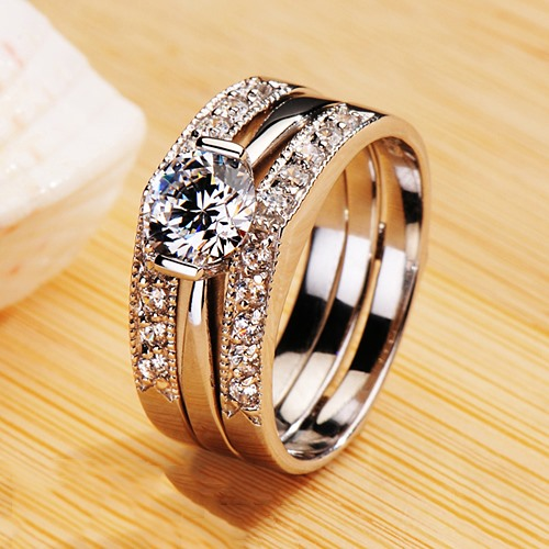 Eight Hearts & Eight Arrows Diamond-Shaped Pt950 Engagement/Wedding Ring Set